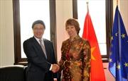 Phó Thủ tướng Phạm Bình Minh tiếp xúc song phương bên lề Hội nghị ASEAN - EU