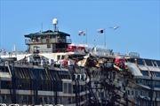 Siêu tàu đắm Costa Concordia được kéo về Genoa