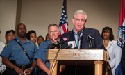Mỹ ban tình trạng khẩn cấp tại Ferguson do tái phát bạo loạn
