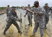 100 lính thủy đánh bộ Mỹ đến Liberia
