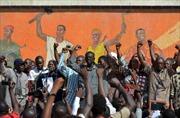 Burkina Faso nhất trí chuyển giao quyền lực