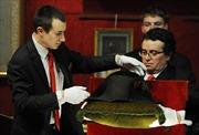 Bán đấu giá chiếc mũ độc đáo của Hoàng đế Napoleon