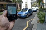 Singapore thắt chặt kiểm soát ứng dụng 'vẫy taxi'