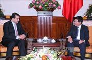 Phó Thủ tướng Phạm Bình Minh tiếp Trợ lý Bộ trưởng Ngoại giao Qatar