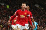 Rooney lập cú đúp, Manchester United vươn lên hạng 3