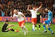 Hà Lan tiếp tục hạ gục 'bò tót' Tây Ban Nha