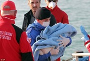 Lật thuyền, 400 người thiệt mạng ngoài khơi Libya