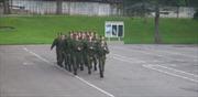 Quân nhân Nga cao hứng hát 'Barbie Girl'