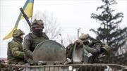 Ukraine tập trung vũ khí hạng nặng ở Donbass