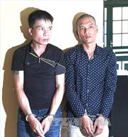 Bắt 3 đối tượng cướp giật hàng loạt ở Hà Nội
