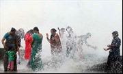 Ấn Độ vỡ òa niềm vui đón cơn mưa đầu mùa