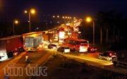 Tai nạn nghiêm trọng khiến Quốc lộ 5 ách tắc nhiều giờ