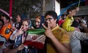 EU kéo dài lệnh tạm dừng trừng phạt đối với Iran