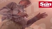 Bê bối Thượng nghị sĩ Anh hút ma túy với gái mại dâm