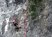 Tổ chức leo núi bán nhân tạo tại Phong Nha - Kẻ Bàng
