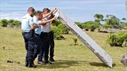 Thủ tướng Malaysia xác nhận mảnh vỡ là của MH370