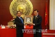 Chủ tịch nước thăm Đại sứ quán Việt Nam tại Trung Quốc