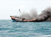 Tàu cá phát nổ, ngư dân mất tích
