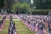 Cắm 3.000 lá cờ tưởng nhớ nạn nhân vụ khủng bố 11/9