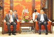Phó Thủ tướng Nguyễn Xuân Phúc hội kiến Thủ tướng Trung Quốc