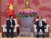 Chủ tịch Quốc hội Nguyễn Sinh Hùng tiếp Đại sứ Lào