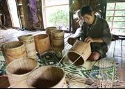 Giữ nghề truyền thống của đồng bào Vân Kiều, Pakô