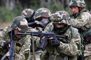 Ukraine cho phép người nước ngoài phục vụ trong quân đội