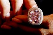 28,5 triệu USD cho viên kim cương hồng quý hiếm