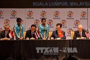 Ký Tuyên bố về thành lập Cộng đồng ASEAN