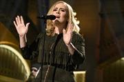 """Album """"25"""" của Adele bán sạch 2,3 triệu bản trong 3 ngày"""
