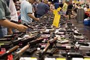 Người Mỹ đổ xô mua súng sau vụ thảm sát Bernardino
