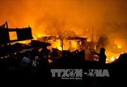 Cháy lớn thiêu rụi gần 1.000 ngôi nhà ở Manila