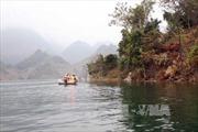 Tìm thấy thi thể người mẹ trong vụ lật thuyền ở Hà Tĩnh