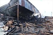 Đà Nẵng: Cháy lớn tại cửa hàng bán đồ gỗ nội thất