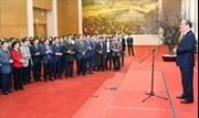Chủ tịch Quốc hội Nguyễn Sinh Hùng chúc Tết đại biểu Quốc hội