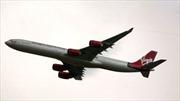 Bị chiếu laser, máy bay Anh hạ cánh khẩn