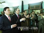 Đồng chí Nguyễn Thiện Nhân dâng hương tưởng nhớ Bác Hồ