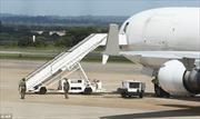 Phát hiện thi thể rỉ máu trên máy bay chở hàng Mỹ