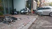 Hà Nội: Xe Camry mất lái tông chết 3 người