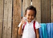 Campuchia phân phát nước sạch cho vùng hạn hán