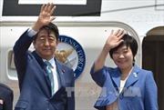 Đằng sau chuyến thăm không chính thức Nga của ông Abe