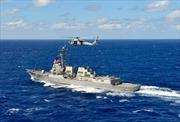 """Tàu chiến, máy bay Trung Quốc """"dọa"""" tàu Mỹ đi vào Đá Chữ Thập"""