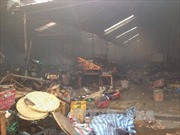 Khắc phục hậu quả vụ cháy chợ của người Việt ở Lào
