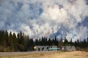 Canada: Cháy rừng lan tới gần các mỏ dầu cát