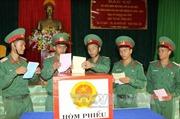 Cử tri Trung đoàn Bộ binh 95, Đăk Lăk đi bầu cử sớm