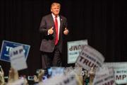 Ông Trump giành đủ số phiếu để đại diện đảng Cộng hòa