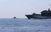Tàu ngầm Nga đi qua eo biển Manche để về căn cứ