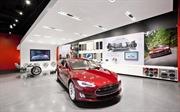 Dù kích cầu nhưng thị trường ô tô vẫn giảm