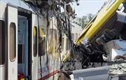 Hai tàu hỏa Italy đối đầu, hàng chục người bị thương