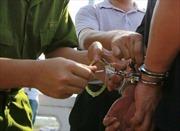 Bắt giam cán bộ thuế ở Long An nhận hối lộ